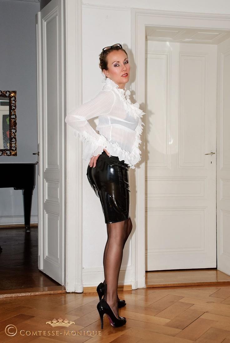 Monique leather latex pvc comtess monique posts fetish private