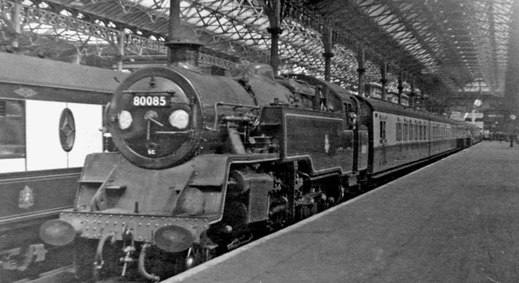 Victoria_Station,_with_Oxted_line_steam_train_geograph-2685243-by-Ben-Brooksbank.jpg (2394×1310)