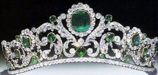 Königliche Juwelen: Marie Therese Smaragd-Diamant Tiara