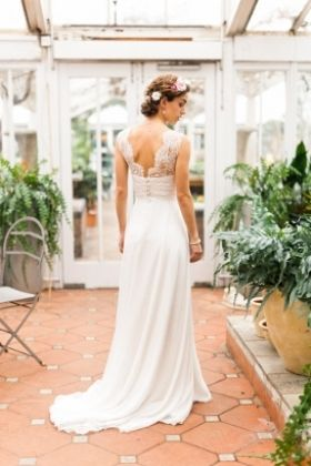 Stunning low back wedding dress with gorgeous lace detail by Emma Tindley - Eleanor #Luellas #LuellasBridal