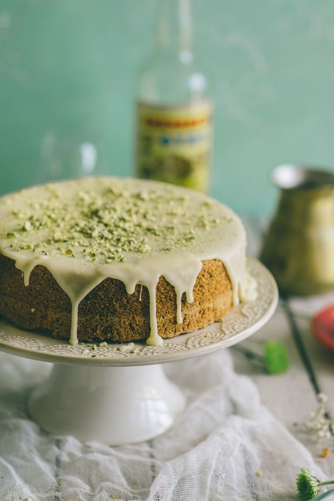 This ouzo, orange and pistachio cake recipe is perfect for a little treat.  Click through to see the recipe...