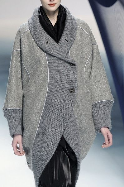 Мне - пальто, и побольше! Часть 3 (большая подборка) / Пальто и шубы / Своими руками - выкройки, переделка одежды, декор интерьера своими руками - от ВТОРАЯ УЛИЦА