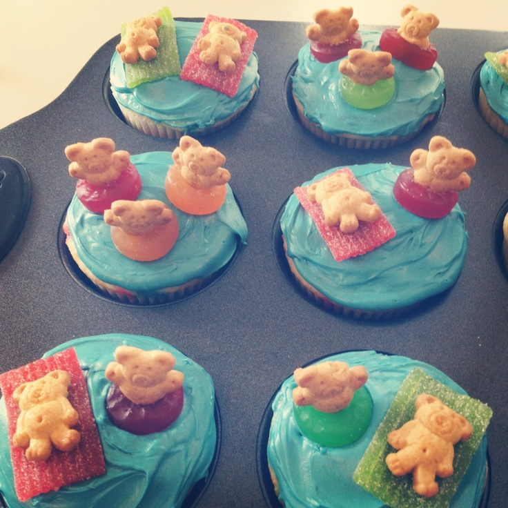 25+ Best Ideas About Pool Cupcakes On Pinterest