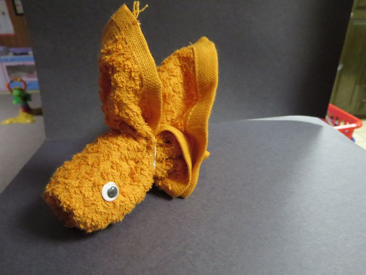 washcloth folding craft gold fish