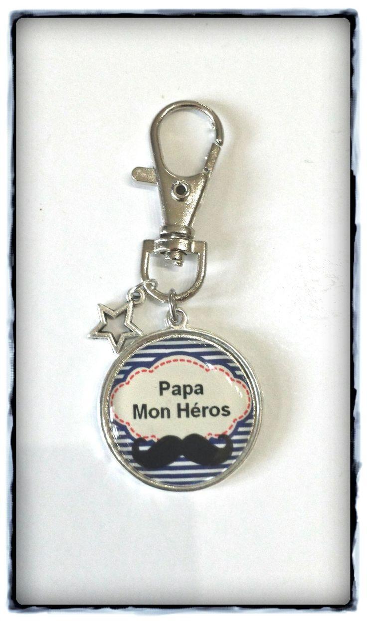 Porte clés cabochon *papa mon héros* et breloque étoile : Porte clés par miss-j-adore