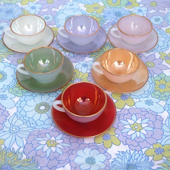 Vintage 1960s Opalescent Glass Tea Coffee Cups Saucers By Arcopal Rare Colour Combination Marked Arcopal France O Tea Cups Vintage Tea Sets Vintage Tea Set