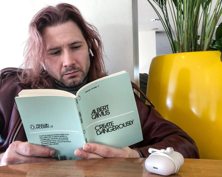 And what are YOU reading this week? Leaders Are Readers! You can always follow my current book recommendations on Instagram @ nielskoschoreck and on Snapchat @ nielskoscho !