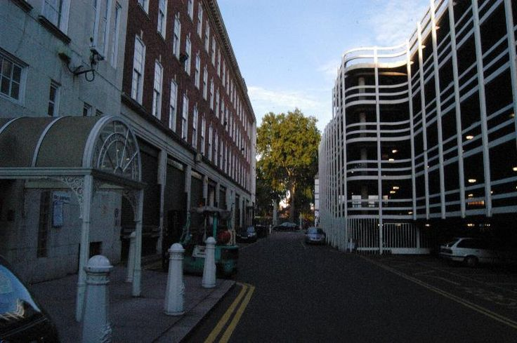 """Mary Jane Kelly Murdered in Spitalfields 