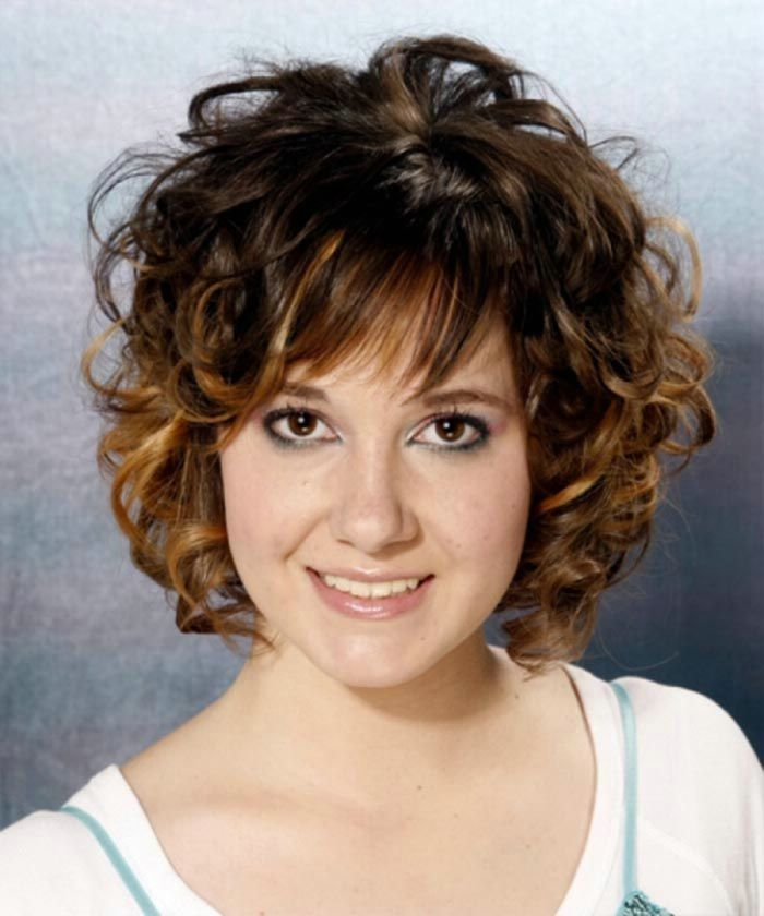 short medium curly hairstyles for women medium cut hairstyles short curly hairstyles for women