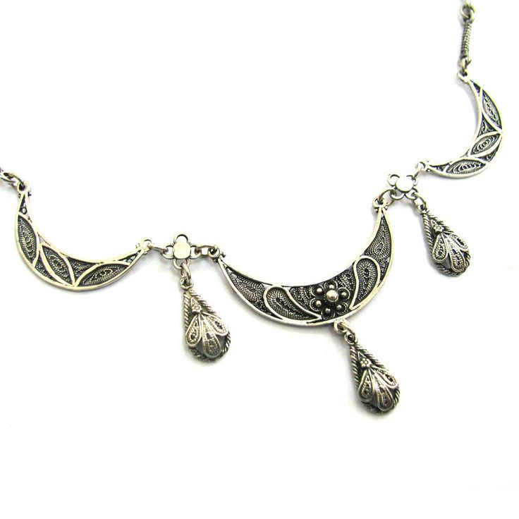 Sterling Silver Filigree Necklace; want!