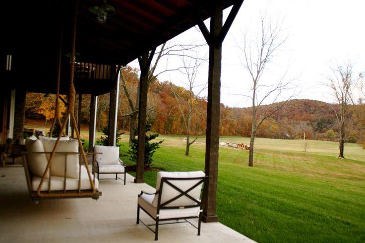Passeando pelo blog Nestegg ,  de Rachel Halvorson, me encantei com esta casa decorada por ela para um cantor de música country. Adorei os t...