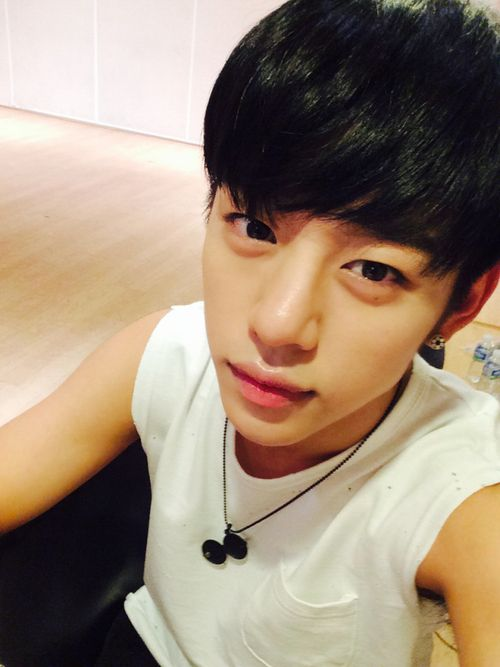 140818 Daehyun ( I think I'm killing my friend with this right now )