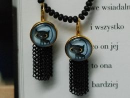TITIRI Handmade earrings with a custom drawing under the glass cabochon- black cats (aquarell pencils)