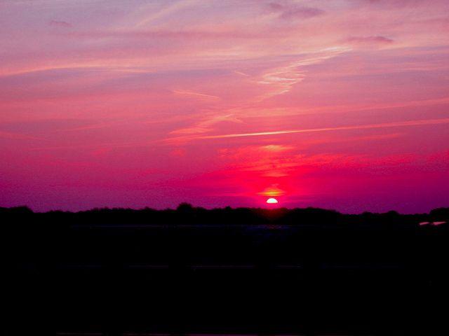Beauty of night by Sillalai_Rozzi, via Flickr