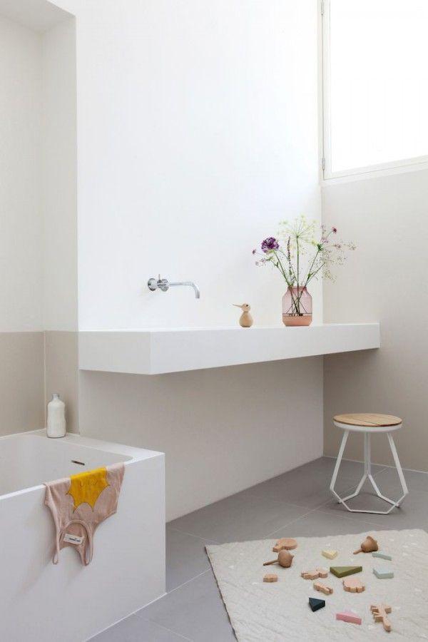 25 beste idee n over rustige badkamer op pinterest badkamer muur kleuren badkamer kleuren en - Originele toilet decoratie ...