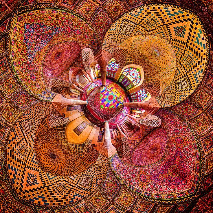 13 fotos provam que poucas coisas são mais hipnotizantes que o teto de um mosteiro