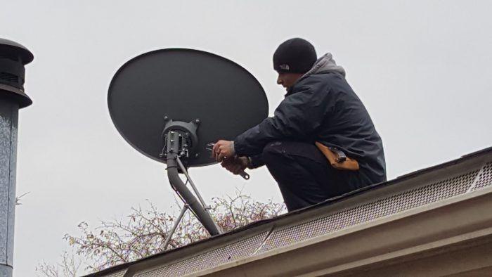 How To Mount Hdtv Antenna To Satellite Dish Removing Dish Satellite Dish Hdtv Antenna Hd Antenna Diy