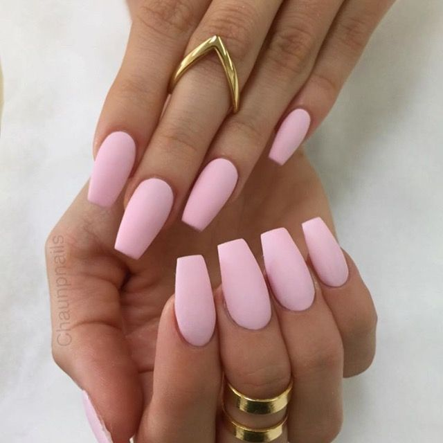 10 Must Wear Nail Colors From Fall To Winter Pink Acrylic Nails Pink Nails Trendy Nails