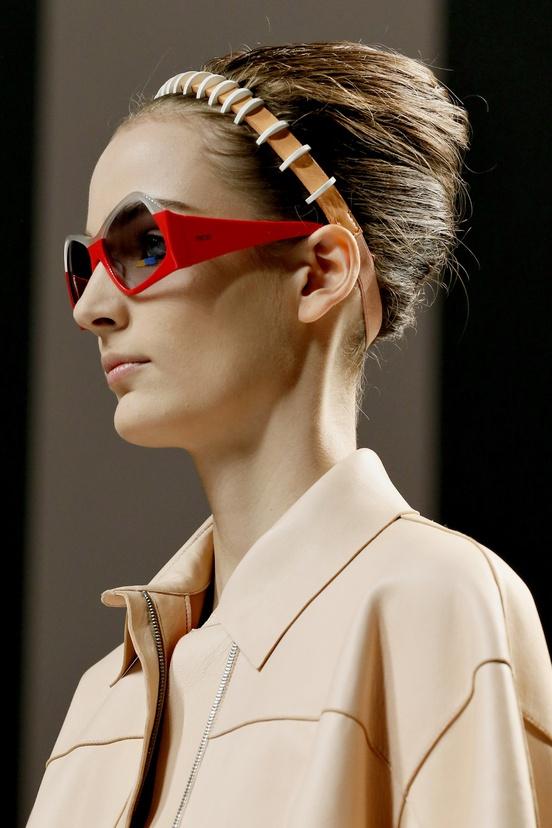 sale oakley sunglasses outlet 8nwr  Fendi Printemps, D茅fil茅 Fendi, D茅couvrez Toutes, Lunettes De Soleil 脌  Vendre, Rayban Clubmaster, Rayban Pas Cher, Fendi Printemps, Oakley Pas  Cher,