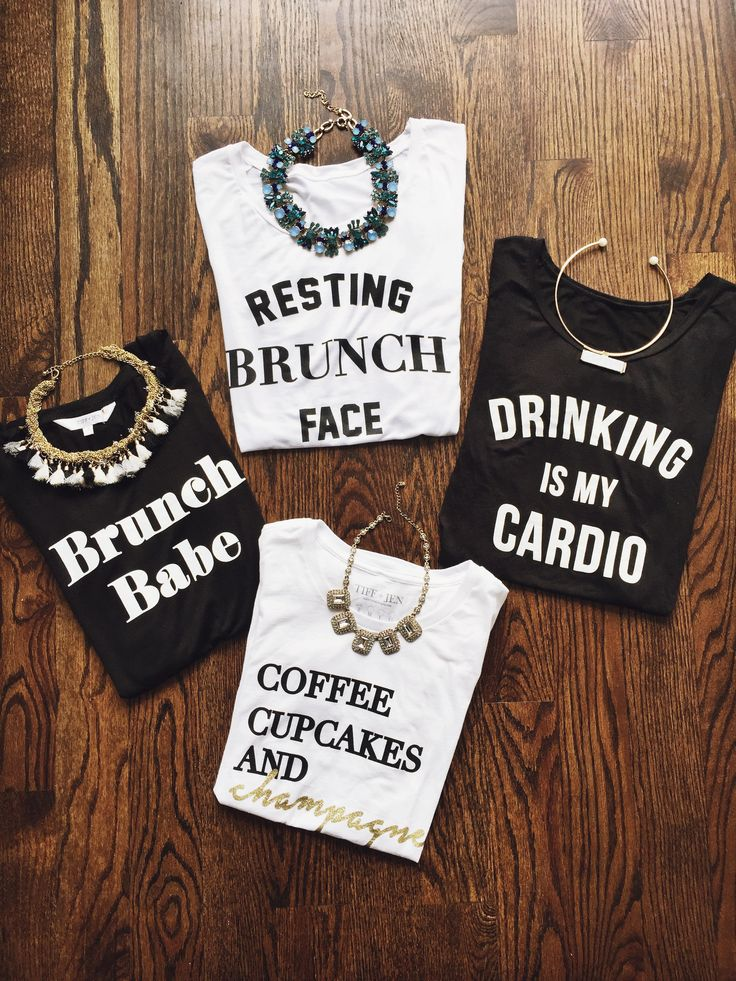 graphic shirts, graphic tshirts, graphic tees, womans graphic tshirts, womans graphic tees, statement necklaces, cute necklaces, how to dress your graphic tee, how to dress your necklace, cute outfit ideas, brunch outfits, brunch