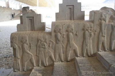 """Cortejo de los babilónios"""", """"Cortejo Sirio"""" y la """"Guardia persa y meda"""