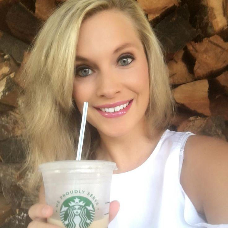 Starbucks, getting me thru this day one minute at a time! @starbuckstylish #lipsense #lipstick #lipgoals #lips #lipstickjunkie #lipstickgoals #makeup #makeupgoals #mua #beauty #beautyblogger #wedding #engaged #girlboss #shopping #gettingmarried #bridal #bride #girlboss #lipgloss #gloss #smudgeproof #lastsallday #starbucks #coffee #makemoney #mom #momlife #starbuckstylish