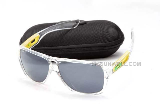 http://www.mysunwell.com/cheap-oakley-dispatch-ii-sunglass-7858-clear-frame-black-lens-discount.html CHEAP OAKLEY DISPATCH II SUNGLASS 7858 CLEAR FRAME BLACK LENS DISCOUNT Only $25.00 , Free Shipping!