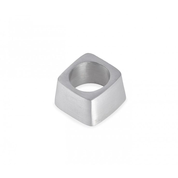 Sampson Napkin Ring. Brushed metal.
