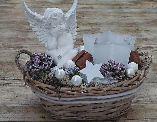 HomeDECOR8 / Vianočný aranžmán - anjel so svietnikom