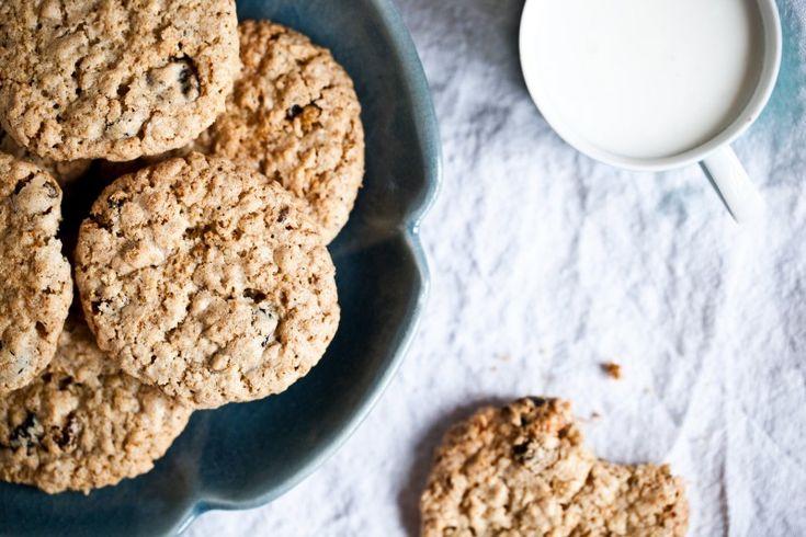 Kořeněné ovesné sušenky s hrozinkami