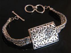 .925 Sterling silver balinese engraved bracelet