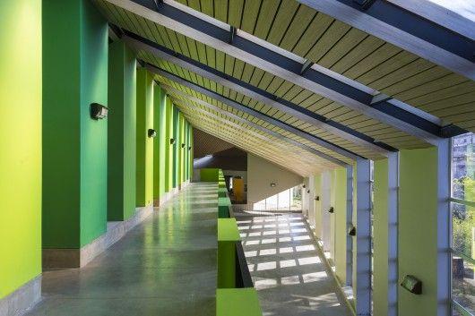 School in Chile | Colour circulation areas