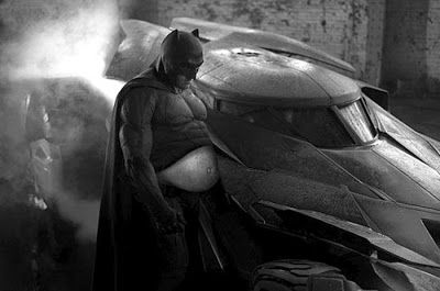 batman triste parodie batman vs superman ben affleck 20   Le batman triste devient un meme   Zach Snyder triste superman photoshop photo par...