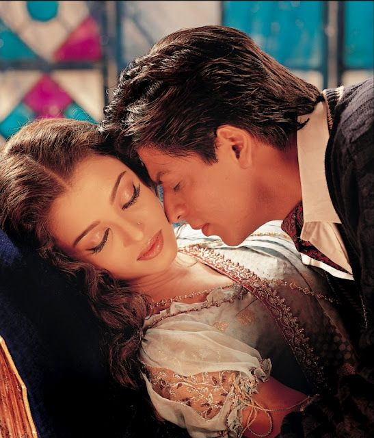 Aishwarya Rai and Shahrukh Khan - Devdas (2002)  Source: blogspot.in