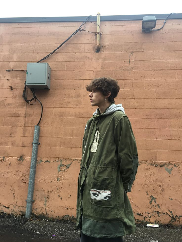 [ART] 1/1 Cut and Sew Parka. Graphics inspired by the recent flood in my city. http://ift.tt/2Fvqowc