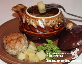 Котлета с картофелем и грибами в горшочке, headline vtorye blyuda iz myasa vtorye blyuda blyuda iz rublenogo myasa