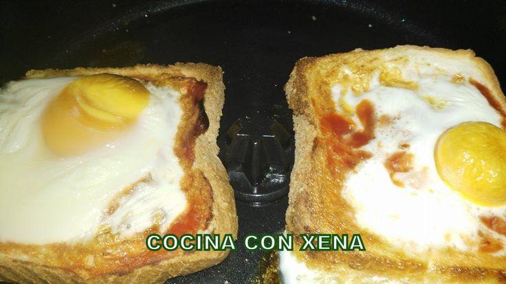 COCINA CON XENA: Pan de molde con tomate y huevo, también con queso... en Cecofry