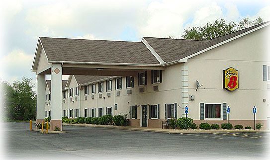 Three Rivers Michigan Pinterest Fitness Lodging Accommodations Include The Super 8 Hotel At 689