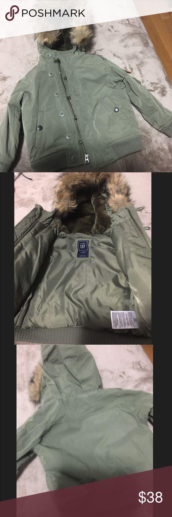 GAP toddler boy bomber jacket - size 3yrs like new Like new condition. Military bomber. Size 3 years. GAP Jackets & Coats