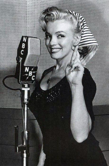 Marilyn Monroe birthday www.PiensaenChic.com