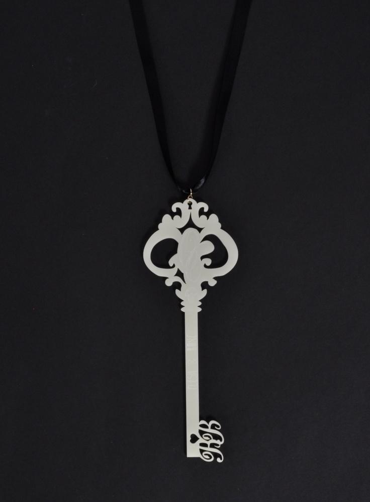 Bonnie Bling Ivory Gigantus Key Pendant