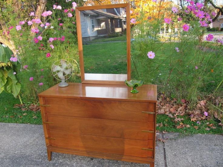 Best Mid Century Dresser With Mirror 175 00 Via Etsy 400 x 300