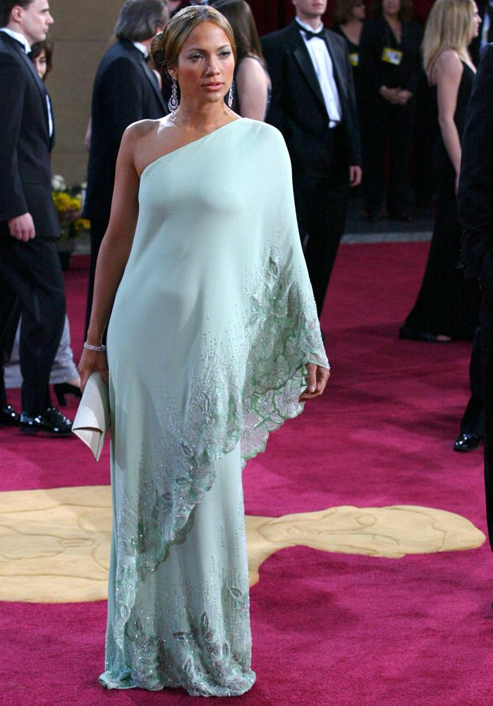 92 best Best Oscar dresses ever images on Pinterest | Burgundy rugs