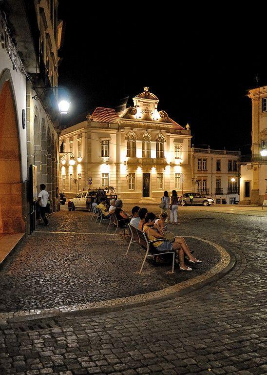 Évora, Geraldo square, Alentejo, Portugal | #Portugal Évora #Alentejo