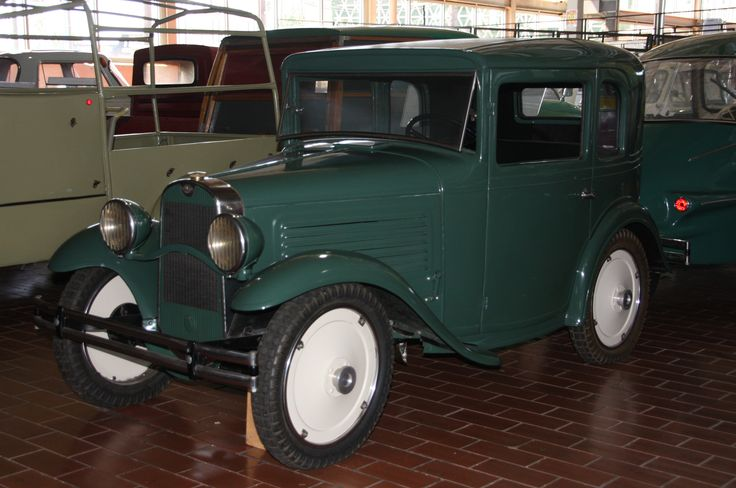 The 10 Nuttiest Vehicles At The Lane Motor Museum At