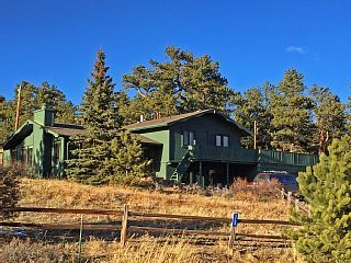 Amazing Mountain Views Tri Level Home With A Large Deck Close To Town Vacation Rental In Estes Park From
