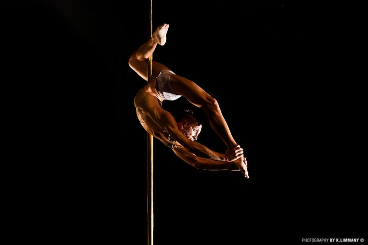 how to pole dance male