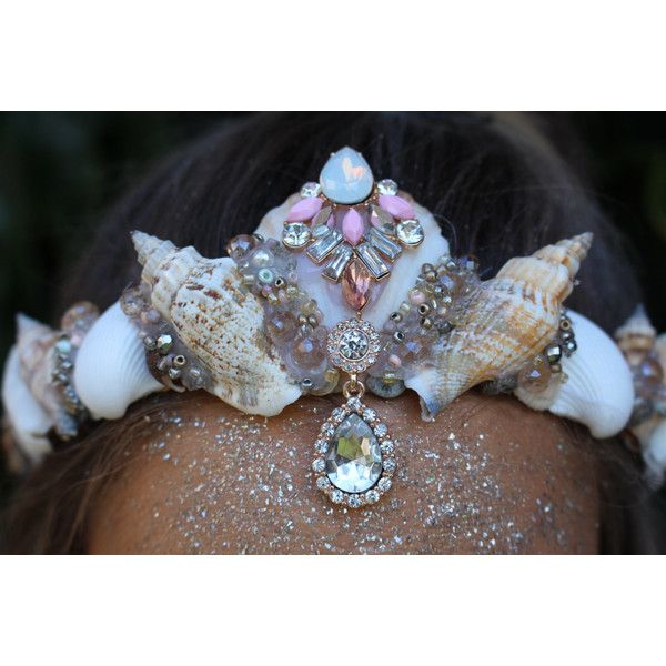 Pretty mermaid crown ($29) ❤ liked on Polyvore featuring home, home decor, mermaid home decor and handmade home decor