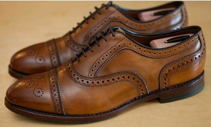 ALLEN EDMONDS STRAND IN WALNUT