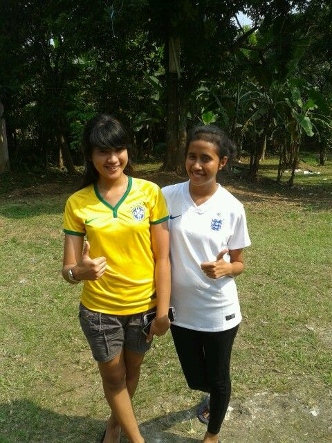 With one of my besties, Cicin wore our new jersey.. yeah, welcome world cup!!